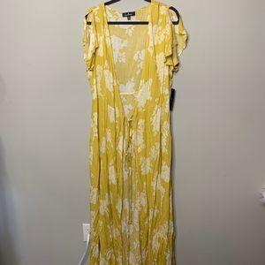 Lulu's Yellow Floral Print Flutter Sleeve Kimono